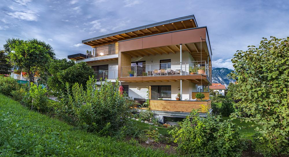 Mehrfamilienhaus, Tirol