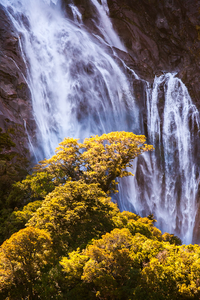 Sterling Falls, Milford Sound, Fjordland, Neuseeland