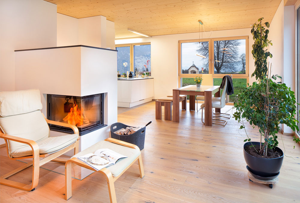 Wohnzimmer mit Ofen, Einfamilienhaus, Ranggen, Tirol