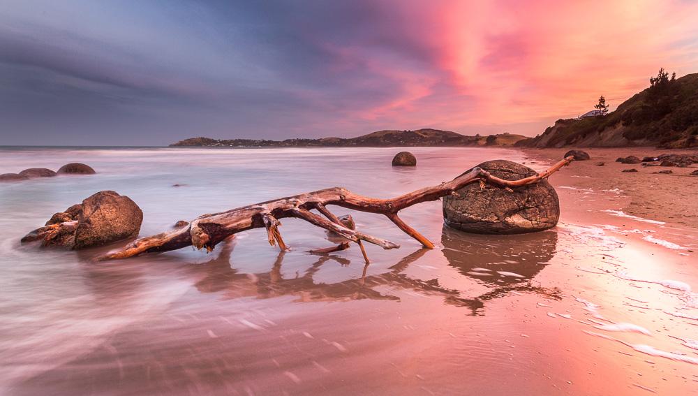 Moeraki Boulders Sunset, Neuseeland