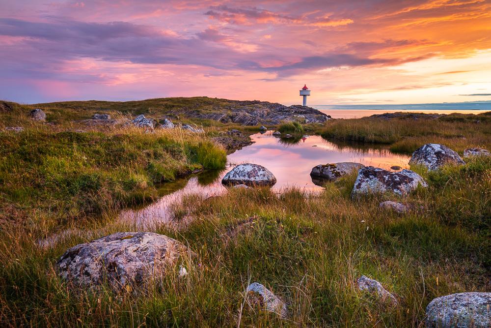 Sonnenuntergang auf Tenna, Tenna, Herøy, Norwegen