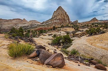 View to Pectol's Pyramide, Capitol Reef National Park, Utah, USA