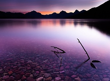 Purple Dawn,Lake McDonald, Glacier Nationalpark, Montana, USA