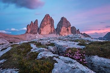 Drei Zinnen im Zwielicht, Südtirol, Italien
